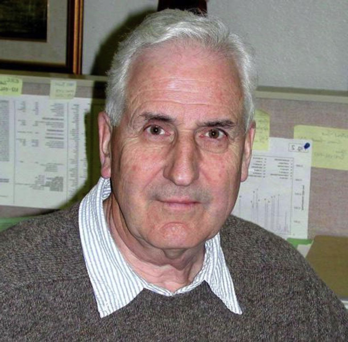 Dr. James Raeside, Professor Emeritus at the University of Guelph's Ontario Veterinary College