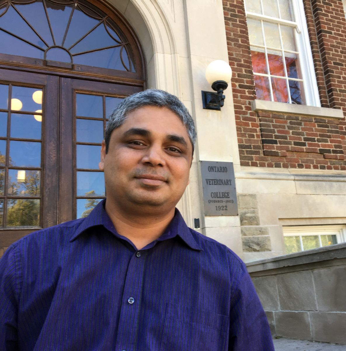 Dr. Salah Uddin Khan, a post-doctoral fellow in Prof. Amy Greer's lab at the University of Guelph's Ontario Veterinary College
